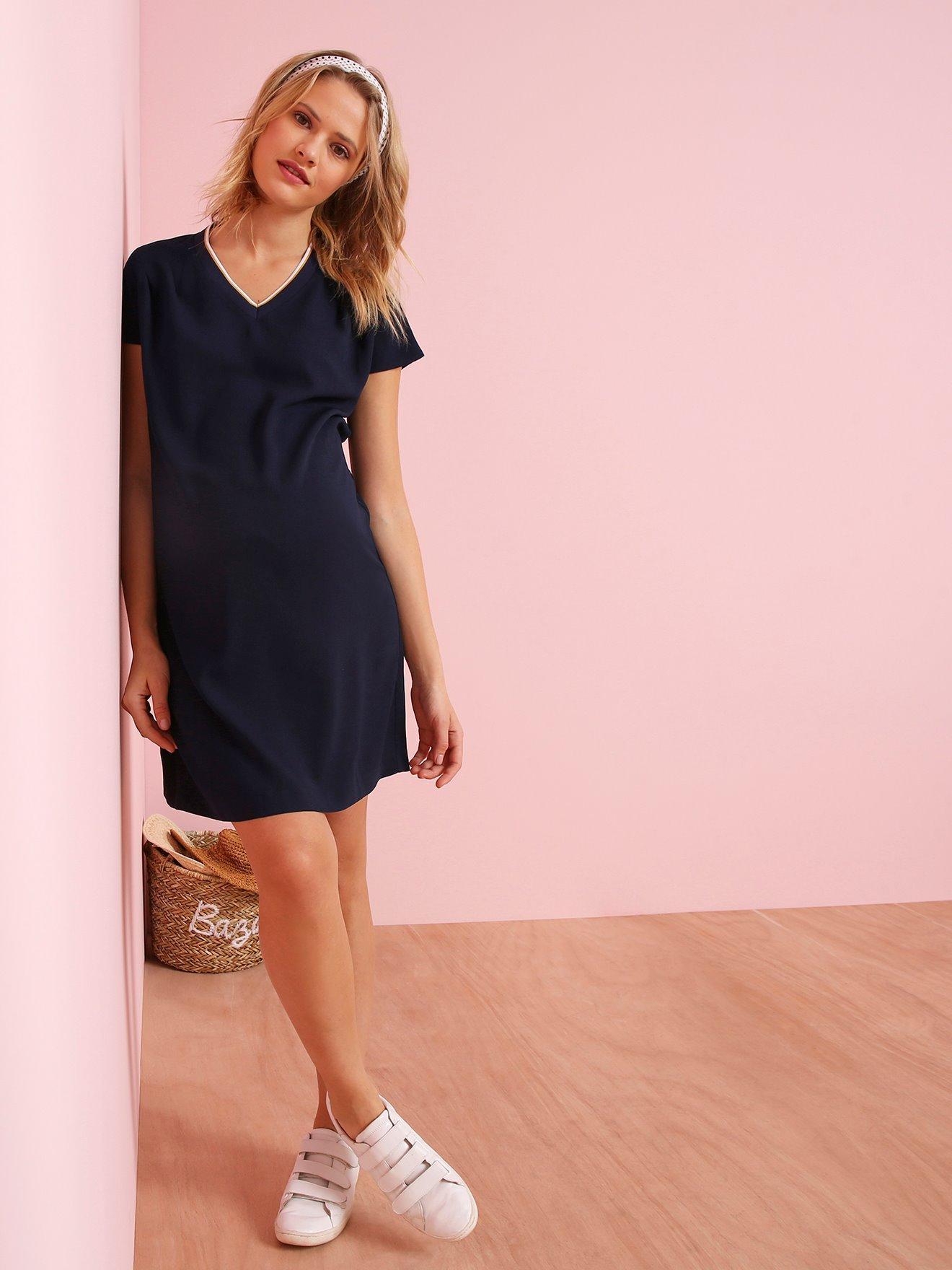 a3aa7eb3e Vestido de embarazo con escote de pico a contraste azul oscuro liso con  motivos. Vertbaudet