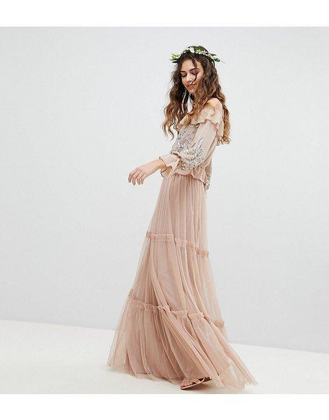e8a7b81f4 Falda larga de dama de honor con diseño a capas de tul premium
