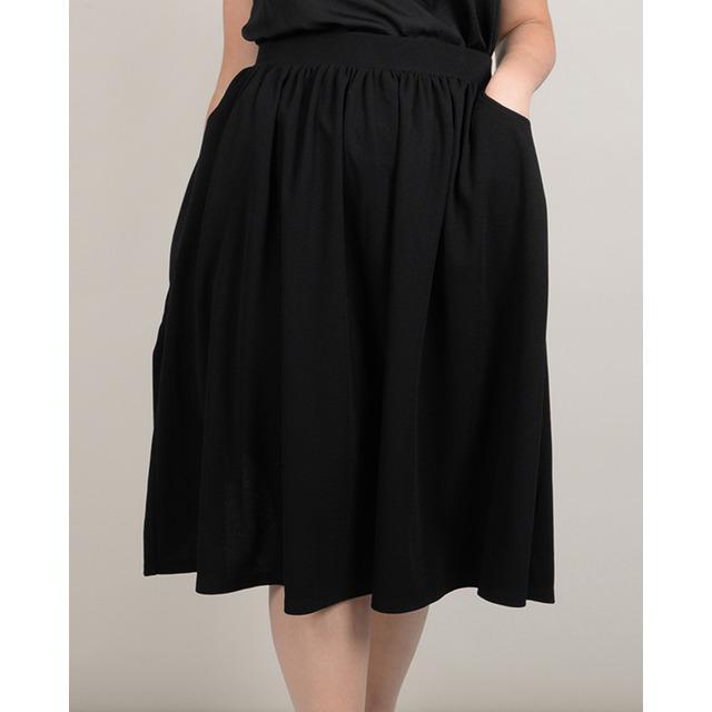 Falda de mujer negra con corte midi 0191ae881b11