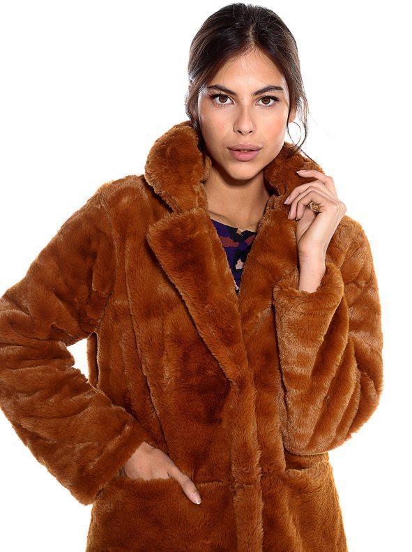 Abrigo pelo sintético cuello solapa marrón m