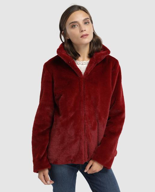 b0058955ed8 Abrigo de mujer de pelo con cuello alto