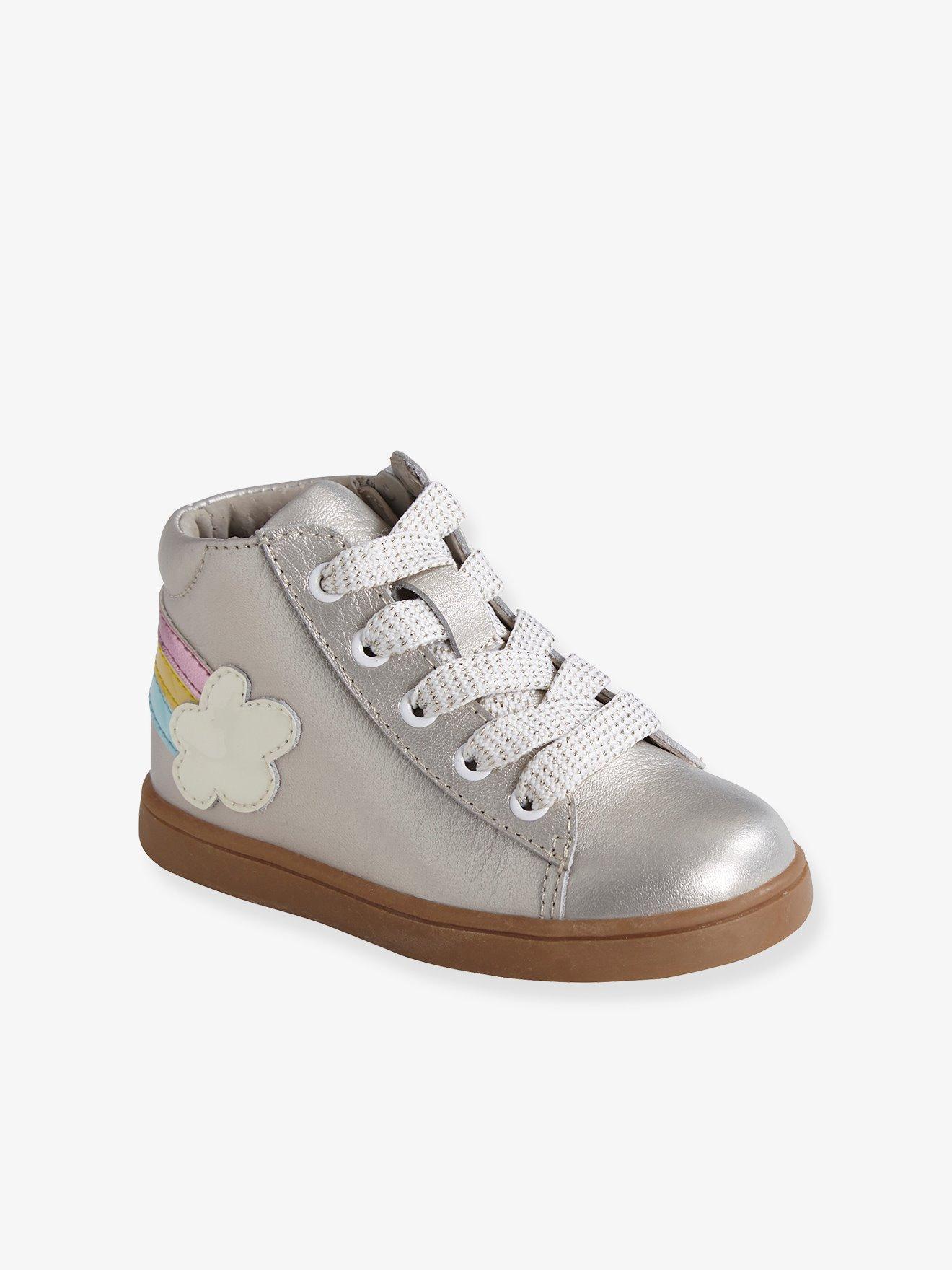 d0d788cf1 Zapatillas deportivas de caña alta y piel irisada bebé niña beige medio  metalizado. Vertbaudet