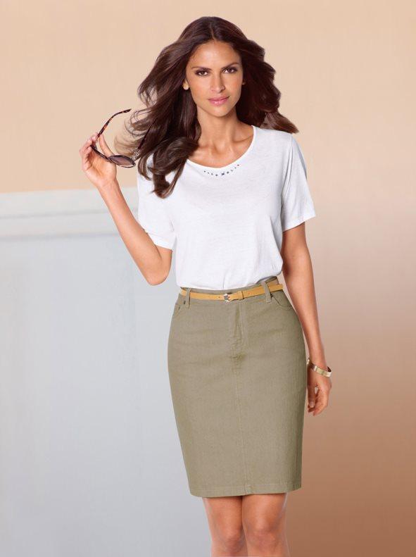 120ab4cf7 Falda mujer 5 bolsillos en adaptable tejido elástico caqui claro 50