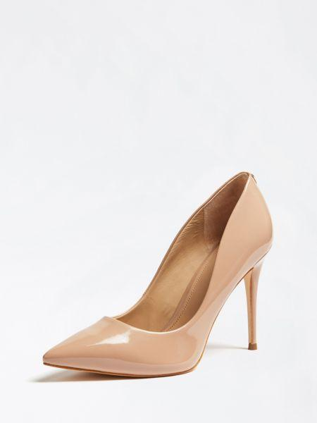 Zapato de salón oakley charol