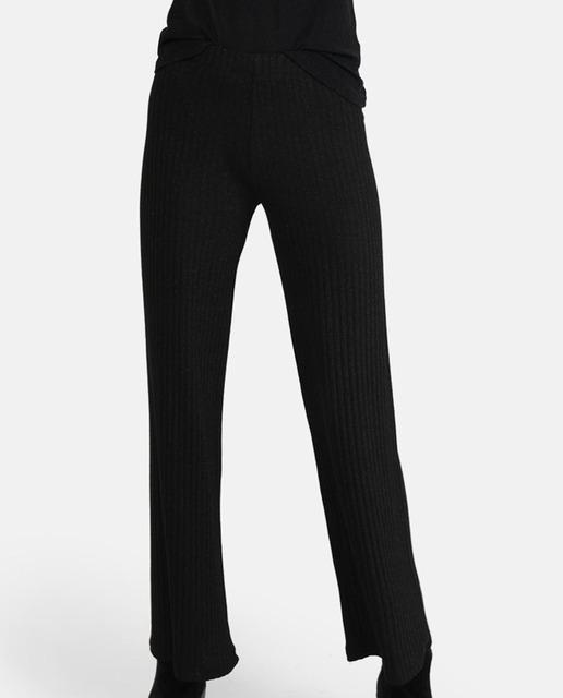 Pantalón de mujer negro brillante y midi be1db8cb4ea5