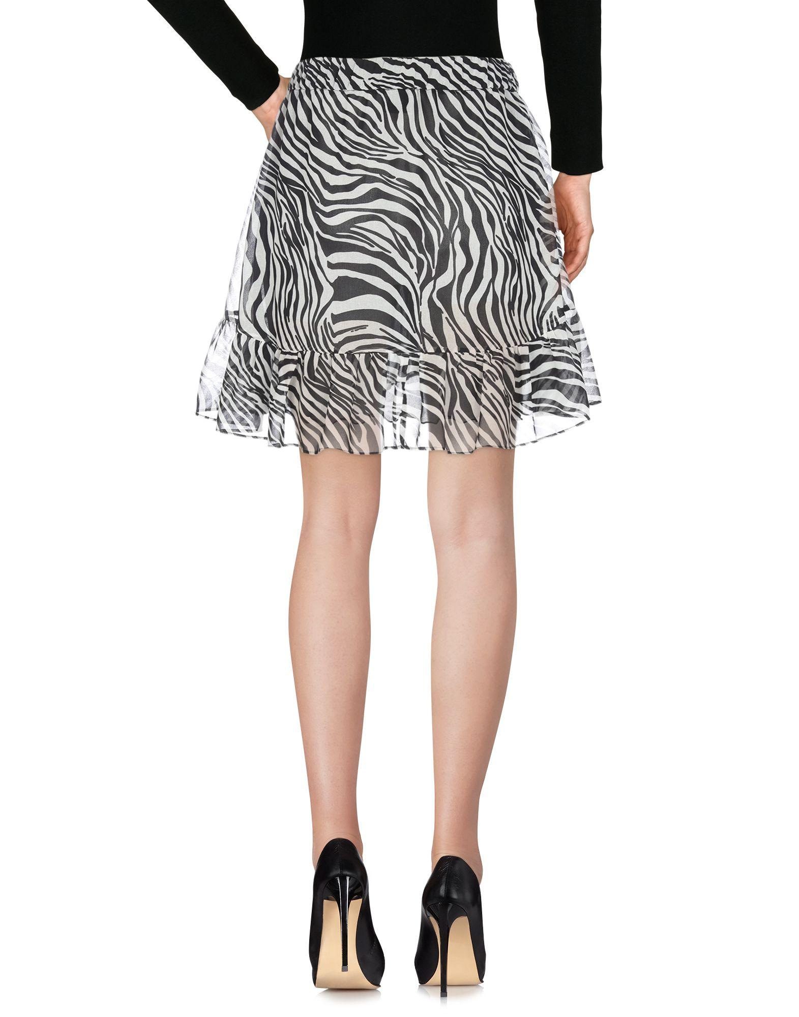 cc8fc1ba4 Minifaldas - Faldas - Rebajas | Buyviu.com