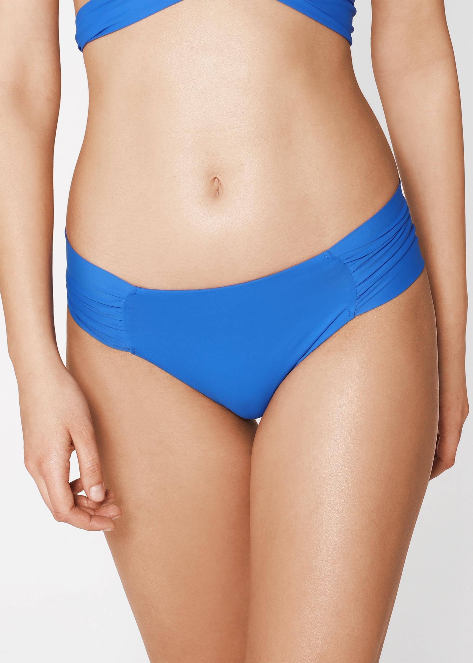 8439f425e600 Braguita de bikini de tiro alto indonesia